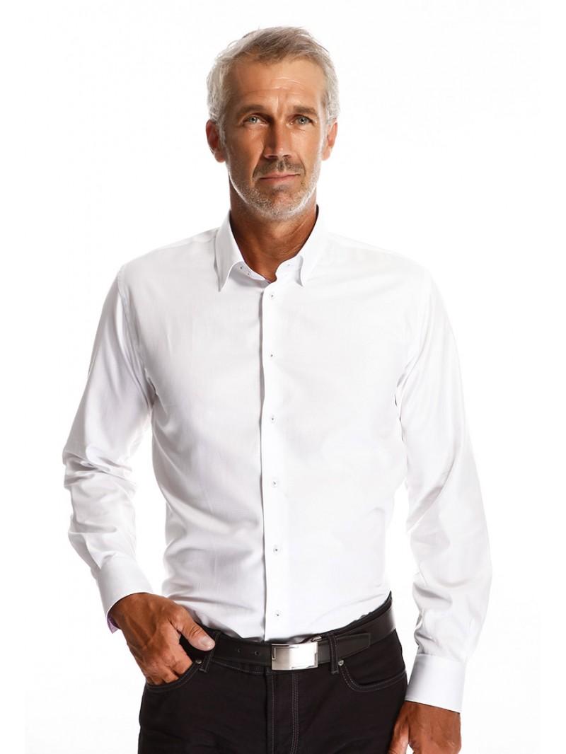 chemise blanche homme incontournable dans votre dressing. Black Bedroom Furniture Sets. Home Design Ideas