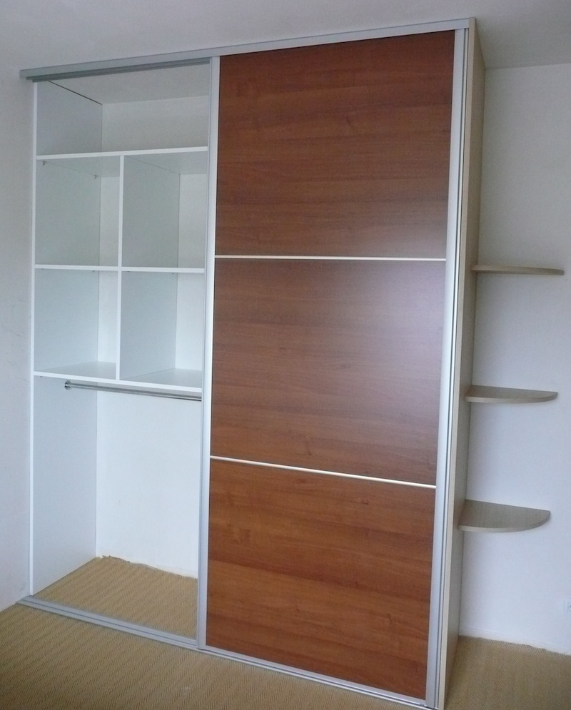 mon espace placard pour la lessive et le repassage. Black Bedroom Furniture Sets. Home Design Ideas
